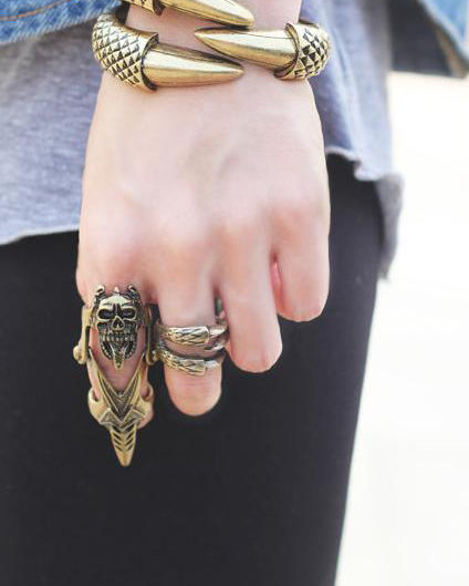 SKULL ARMOUR RING - product image