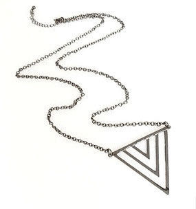 TRIPLE,TRIANGLE,PENDANT,NECKLACE