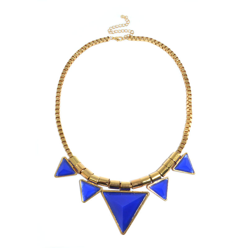 QUINTUPLE TRIANGLE PYRAMID STUD NECKLACE - product image