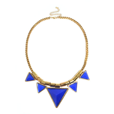 QUINTUPLE,TRIANGLE,PYRAMID,STUD,NECKLACE,TRIANGLE PENDANT NECKLACE, QUINTUPLE TRIANGLE COLLAR NECKLACE, TRIANGLE PYRAMID STUD NECKLACE