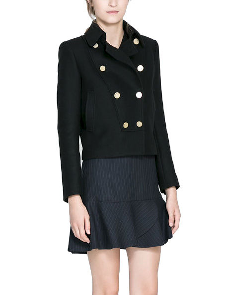 SHORT COAT WITH LARGE COLLAR - product image