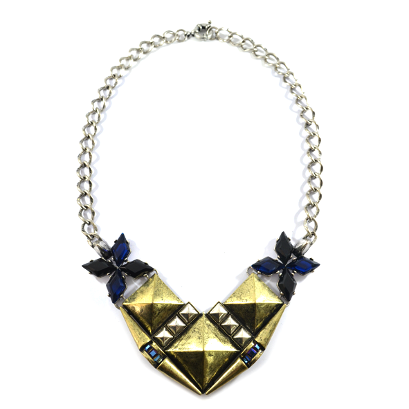 SQUARE WITH FLORAL NECKLACE - product image