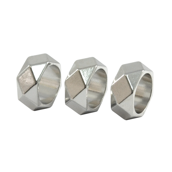 SILVER TONE PYRAMID STUD RING SET - product image