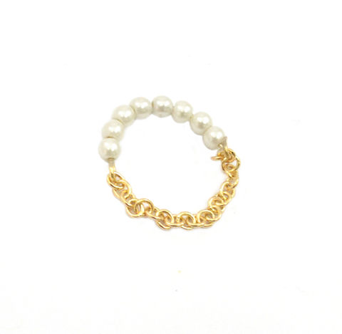 PEARL,AND,CHAIN,RING,GOLD CHAIN RING, CHAIN RING , PEARL AND CHAIN RING, MINI PEARLS AND CHAIN RING