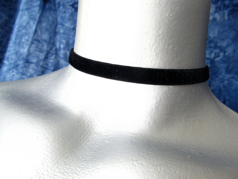 "10mm (3/8"") Plain Black Velvet Ribbon Choker Necklace - product images  of"