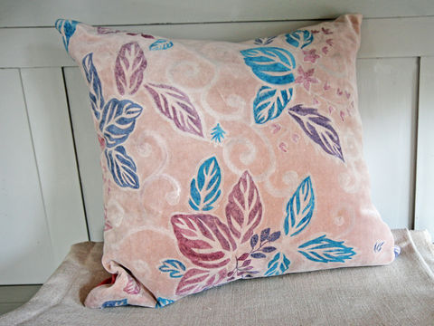 Painted,Cushion,Blue,Leaf, painted, hand painted, pattern, fabric paint, velvet, silk, scatter cushion, chair, armchair, sofa, seat, soft furnishing, pad, pink, blue, leaf, leaves, scroll, curl, japanese, envelope, ribbon