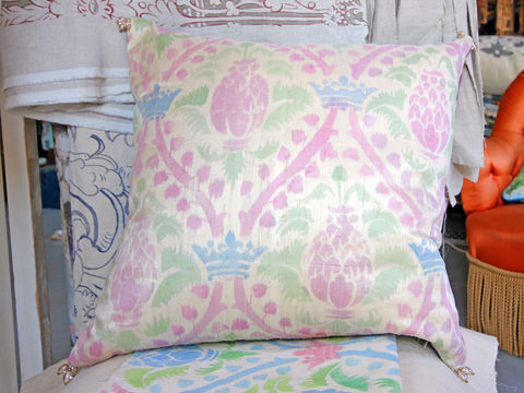 Painted,Cushion,Royal,Pineapple, painted, hand painted, pattern, fabric paint, velvet, silk, scatter cushion, chair, armchair, sofa, seat, soft furnishing, pad, pink, blue, green, crown, leaf, leaves, renaissance, pineapple,