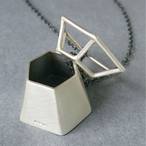 'Frame,+,Solid',necklace,laila smith, geometric necklace, hexagon, geometry, minimal, mathematical