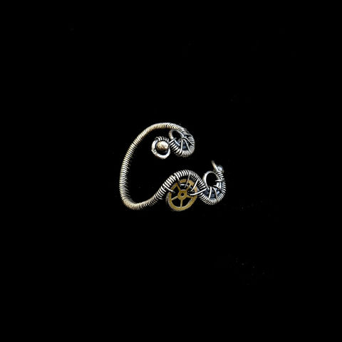 Steampunk,Style,Mid,Finger,Ring,by,Mayahandmade,steampunk ring, mid finger ring, steampunk style ring, midi ring, knuckle ring, sterling silver, 925 silver, wire wrapped, handmade, mayahandmade
