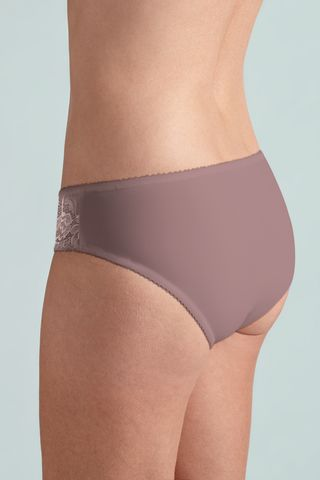 Lilly brief - product images  of