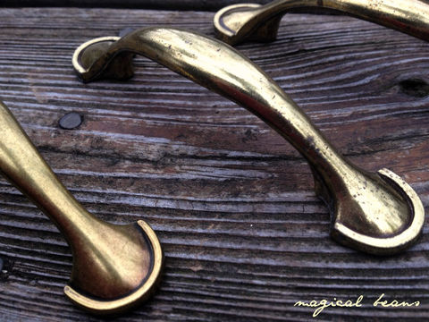 Solid,Brass,Bow,Pulls,by,Keeler,Company,Supplies,keeler_brass_company,solid_brass_pulls,solid_brass_knobs,gold_pulls,gold_knobs,brass_drawer_pulls,brass_drawer_knobs,solid_brass_hardware,solid_brass_bow_pull,brass_drawer_handle,decorative_hardware,vintage_hardware,vintage_pulls,keeler,solid bra