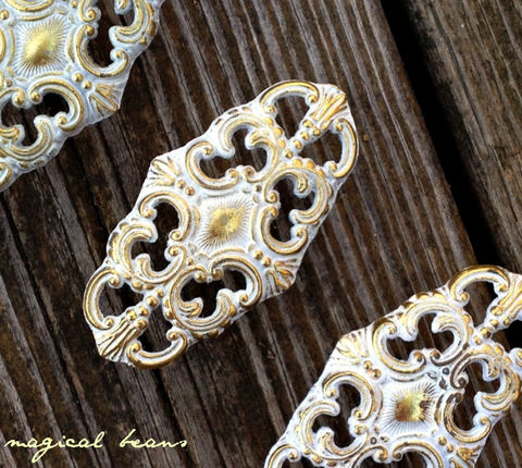 Vintage,French,Provincial,Oval,Filigree,Knob,in,White,&,Gold,oval knobs, oval drawer pulls, oval furniture pulls, oval dresser knobs, oval drawer knobs, oval handles, filigree knobs, filigree hardware, filigree drawer pulls, filigree dresser hardware, filigree furniture pulls, restoration hardware, period hardware