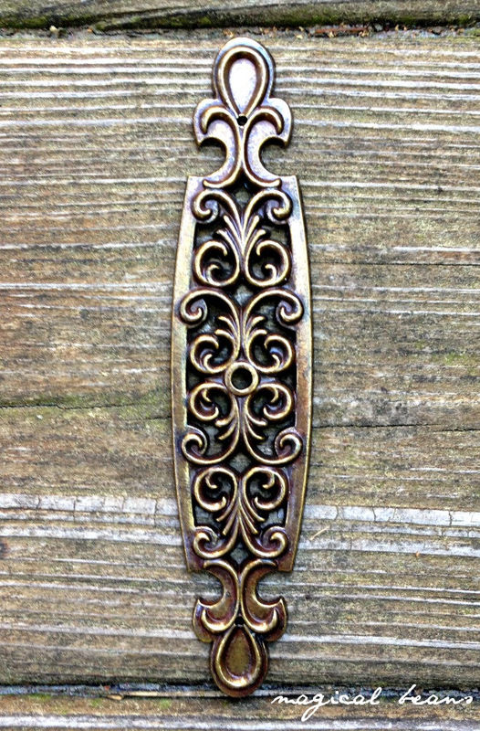 Vintage Antiqued Gold Filigree Back Plate In Solid Brass