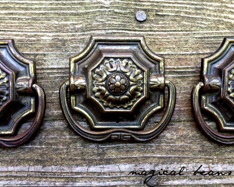 Vintage,Victorian,Pressed,Brass,Square,Drop,Bail,Pull,Victorian Hardware, Victorian Drawer Pulls, Victorian Dresser Pulls, Victorian Cabinet Pulls, Victorian Furniture Pulls, Brass Hardware, Brass Dresser Pulls, Brass Drawer Pulls, Brass Cabinet Pulls, Brass Furniture Pulls, Bronze Hardware, Bronze Dresser P