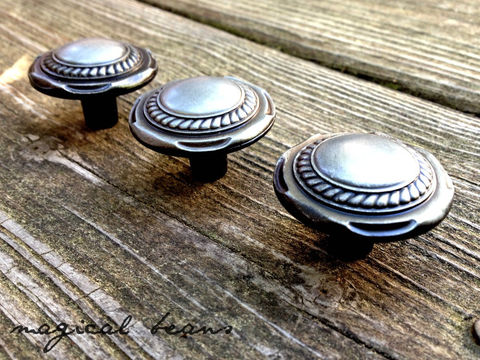 Antiqued,Silver,Cable,Edged,Knob,Supplies,silver_pulls,silver_knobs,silver_hardware,drawer_pull,drawer_knob,furniture_pulls,furniture_knobs,decorative_hardware,antique_silver,Antique_Silver_Knob,Brushed_Nickel,Decorative__Hardware,Restoration_Hardware,antique silver