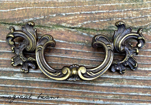 Vintage,KBC,Waterfall,French,Provincial,Pull,in,Dark,Brass, Knobs & Pulls , French Country Drawer Pulls, Waterfall Dresser Pulls, Cabinet Hardware , Decorative Pulls,  Drawer Pulls , Dresser Drawer Pulls  ,Brass Drawer Pulls  ,Keeler Brass Co Period Hardware, Vintage Drawer Pulls,  French Provincial Drawer Pulls