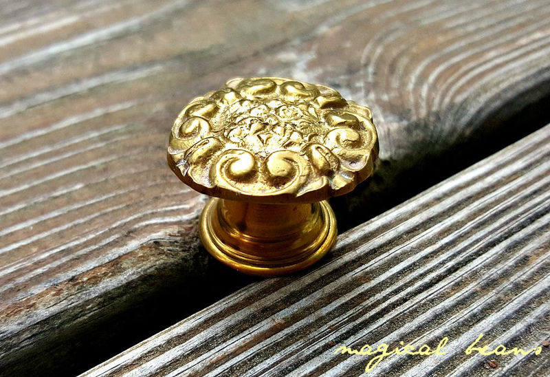 Vintage Victorian Dresser Knob - product images  of