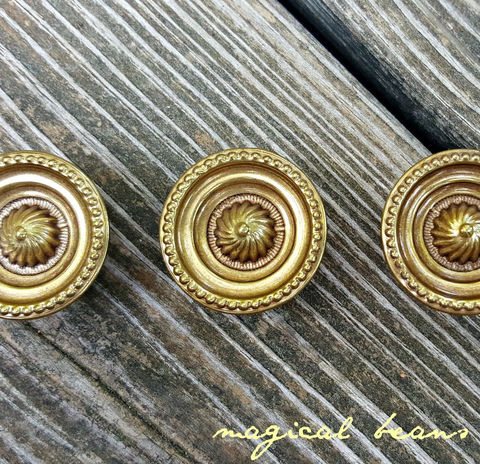 Decorative,Brass,Drawer,Knob,by,Keeler,Co,drawer pulls, drawer knobs, brass knobs, brass drawer pulls, cabinet pulls, antique knobs, vintage knobs, furniture hardware,decorative brass knobs, keeler brass co hardware