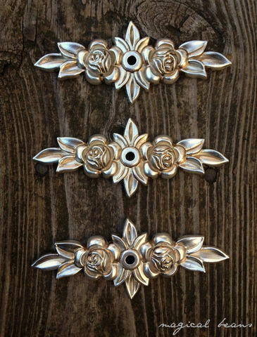 Antiqued,Silver,Floral,Rose,Back-Plate,for,Knobs,roses backplate, antiqued silver backplate, knob backplate, silver & gold backplate, floral backplates for knobs, dresser hardware, cabinet hardware, kitchen cabinet knob backplates, leaves roses knob backplates