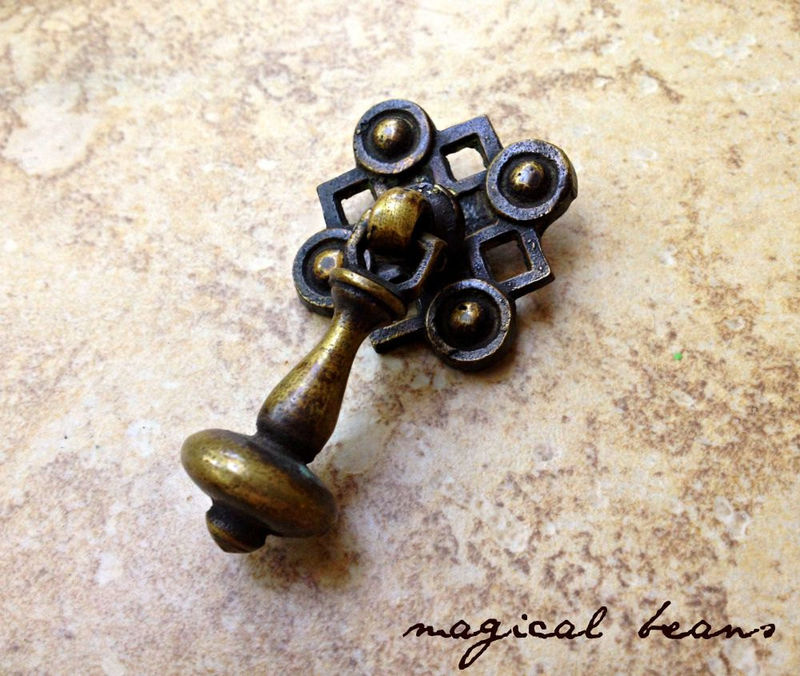 Vintage Avant Garde Antiqued Gold Teardrop Pull in Solid Brass - product images  of