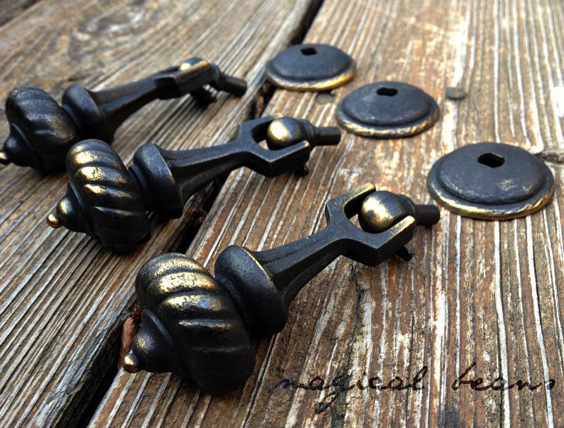 MCM Black & Gold Tear-Drop Pull by Keeler Brass Co.  - product images  of
