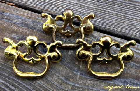 Vintage,Keeler,Brass,Co,Small,Chippendale,Gold,Drawer,Pull,gold drawer pulls, gold chippendale dresser hardware, vintage hardware, furniture hardware ,antique hardware ,drawer pulls knobs, furniture pulls, pulls knobs, hardware furniture, vintage drawer pulls knobs, brass furniture hardware,  Brass Hardware, Bras