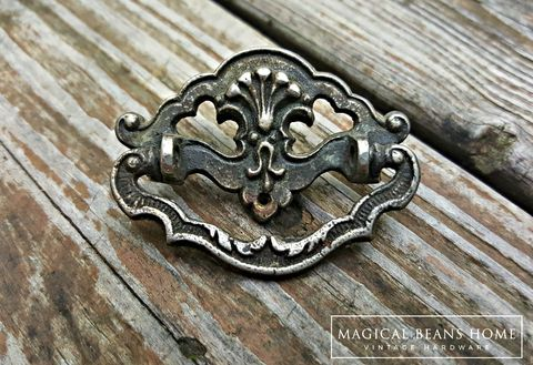 Vintage,Antiqued,Pewter,Cottage,Chic,Bail,Pulls,vintage hardware, antique pewter, patina dresser hardware, pewter bail pulls, baroque silver drawer pulls, period hardware, cottage chic drawer handles, victorian dresser pulls, authentic vintage, cabinet pulls, black and silver pulls