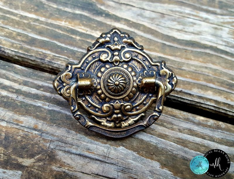 Vintage Victorian Drop Bail Pull in Pressed Brass - product image