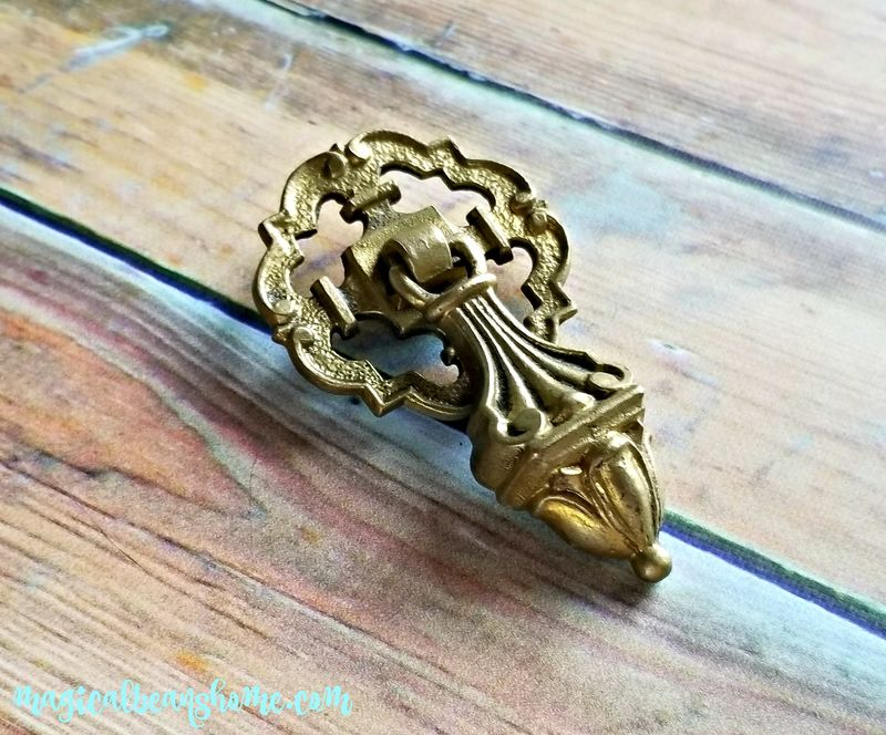 Vintage Gold Edwardian Pendant Pull in Solid Brass - product images  of
