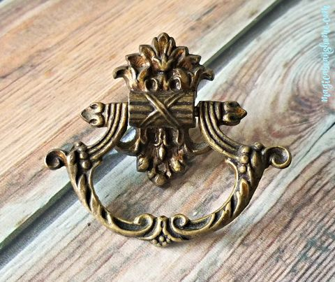 Vintage,Keeler,Brass,Co,Victorian,Antiqued,Ring,Pull,Victorian Ring Pull,	Keeler Brass Co Period Hardware, Decorative Drawer	Pulls, Drawer Pulls,	Baroque Drawer Pull, Antiqued Gold Dresser Drawer Pulls,	Vintage Drawer Pulls, Brass Drawer Pull, Antiqued Brass Dresser Hardware, Unique Drawer Pulls, Drop Bail