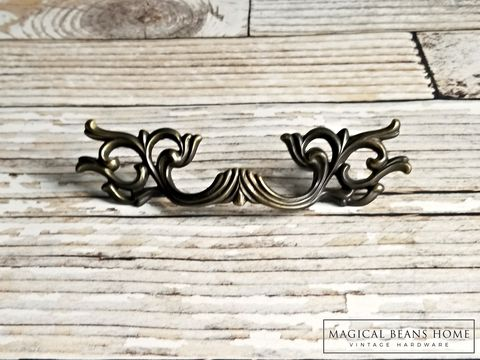Vintage,French,Provincial,Ornate,Brass,Drawer,Pull,in,Solid,ornate drawer pull, french provincial drawer pull, french vintage pull, brass dresser hardware