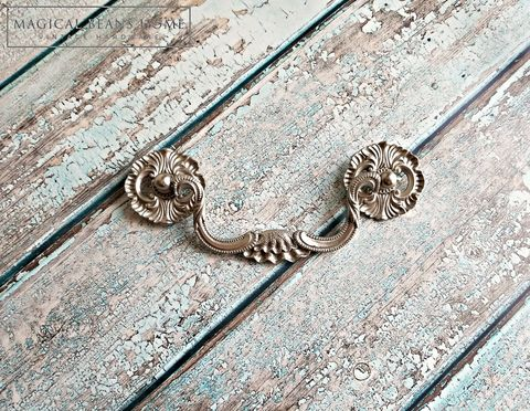 Decorative,KBC,Matte,Silver,Clam,Shell,Drop,Bail,Pull,Decorative Drawer Pull, Clam Shell Pull, KBC Drawer Pulls, Keeler Brass Co Period Hardware, Coastal Cottage ,Drop Bail Pull ,Silver Drawer Pull ,Victorian Dresser Pull ,Silver Bail Pulls