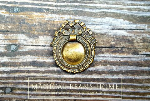 Vintage,Keeler,Brass,Co,Antiqued,Gold,Laurel,Wreath,w/Ribbon,&,Bow,in,Solid,Laurel Wreath Drawer Pull, Ribbon & Bow Drawer Pull, Keeler Brass Co Cabinet Hardware ,Farmhouse Furniture Pull ,Antiqued Gold Hepplewhite Pull
