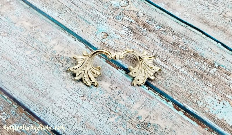 Vintage Ivory & Gold French Provincial Leafy Drawer Pulls  - product images  of