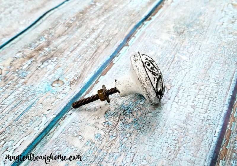 Decorative Farmhouse Distressed White Solid Iron Dresser Drawer Knobs - product images  of