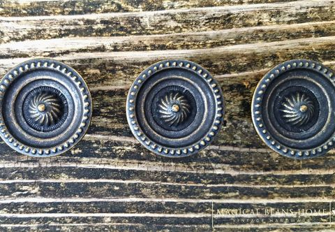 Modern,Farmhouse,Vintage,Keeler,Brass,Co,Dark,Decorative,Knobs,drawer pulls, drawer knobs, brass knobs, brass drawer pulls, cabinet pulls, antique knobs, vintage knobs, furniture hardware,decorative brass knobs, keeler brass co hardware