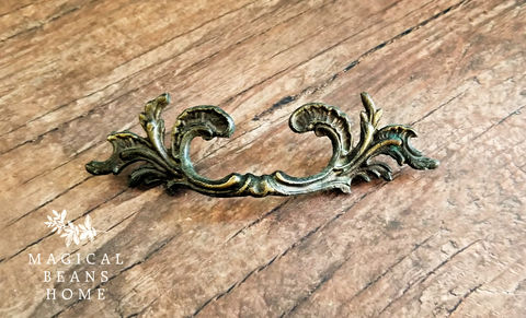 Vintage,Keeler,Brass,Co,French,Provincial,Drawer,Pulls,in,Solid,Brass Drawer Pulls, Vintage Drawer Pulls, French Provincial Drawer Pulls, Keeler Brass Co, Period Hardware, Dresser Hardware, Cabinet Pulls, Buffet & Hutch Pulls, Furniture Pulls, Leafy French Vintage Pulls, Antiqued Gold Drawer Pulls