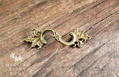 KBC,French,Provincial,,Farmhouse,Chic,,Curvy,Brass,,Dresser,Pulls,antique drawer pull. kbc drawer pull, keeler brass co, period hardware, french vintage drawer pulls, french provincial drawer pull, solid brass drawer pulls, petite floral dresser hardware