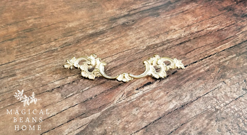 "Vintage French Provincial ""Lace"" Furniture Pulls w/ Ivory-White Patina by Keeler Brass Co - product images  of"
