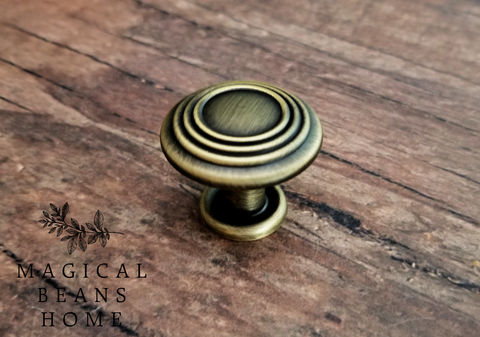 Decorative,Antiqued,Gold,Multi,Ring,Footed,Knob,Decorative Knobs, Cabinet Knobs, Antiqued Gold Knobs, Footed Knobs, Gold & Black Knobs, Multi Ring Knobs, Dresser Hardware, Dresser Drawer Knobs