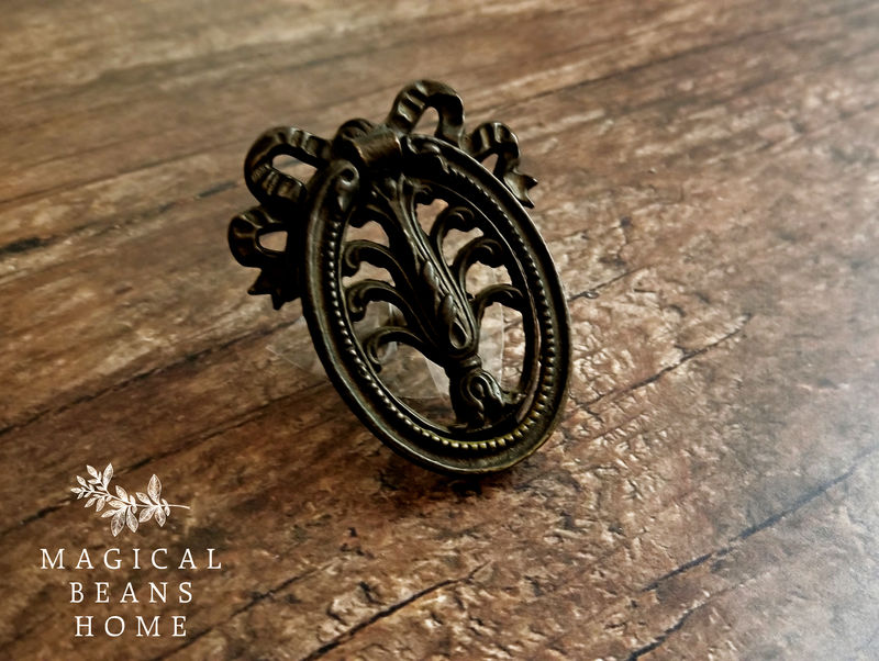 Vintage Dark Brass Ribbon & Bow Oval Ring Pull - product images  of