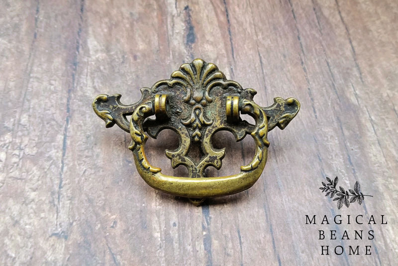 Vintage Keeler Brass Co Victorian Antiqued Brass Ring Pull  - product images  of