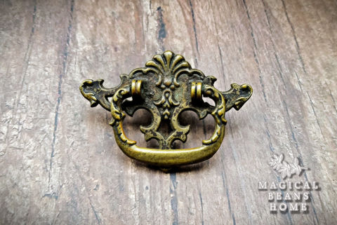 Vintage,Keeler,Brass,Co,Victorian,Antiqued,Ring,Pull,vintage drawer pull, brass ring pull, cabinet pulls, dresser pulls, keeler brass co ring pulls, antiqued brass ring pull, victorian ring pull, drop bail pull