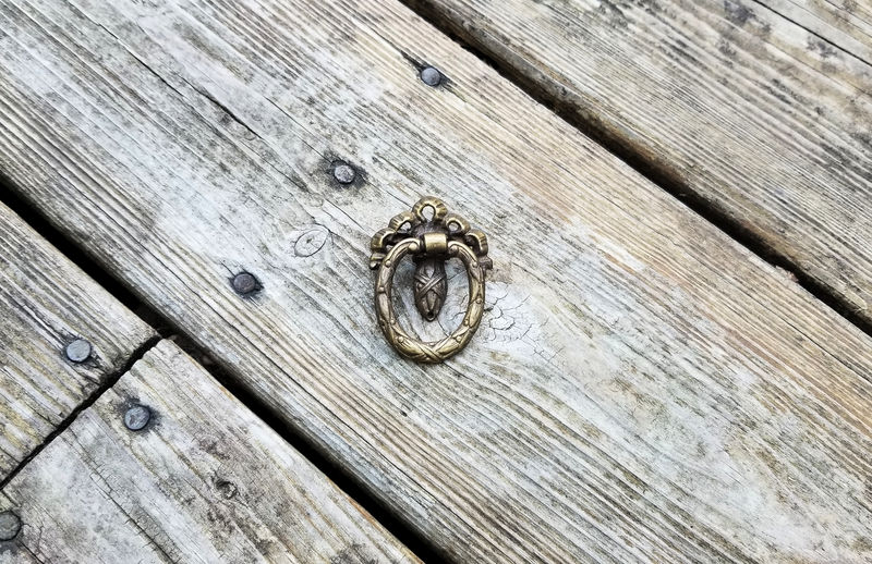 Antique Keeler Brass Co Antiqued Gold Victorian Oval Ring Pull in Solid Brass - product images  of