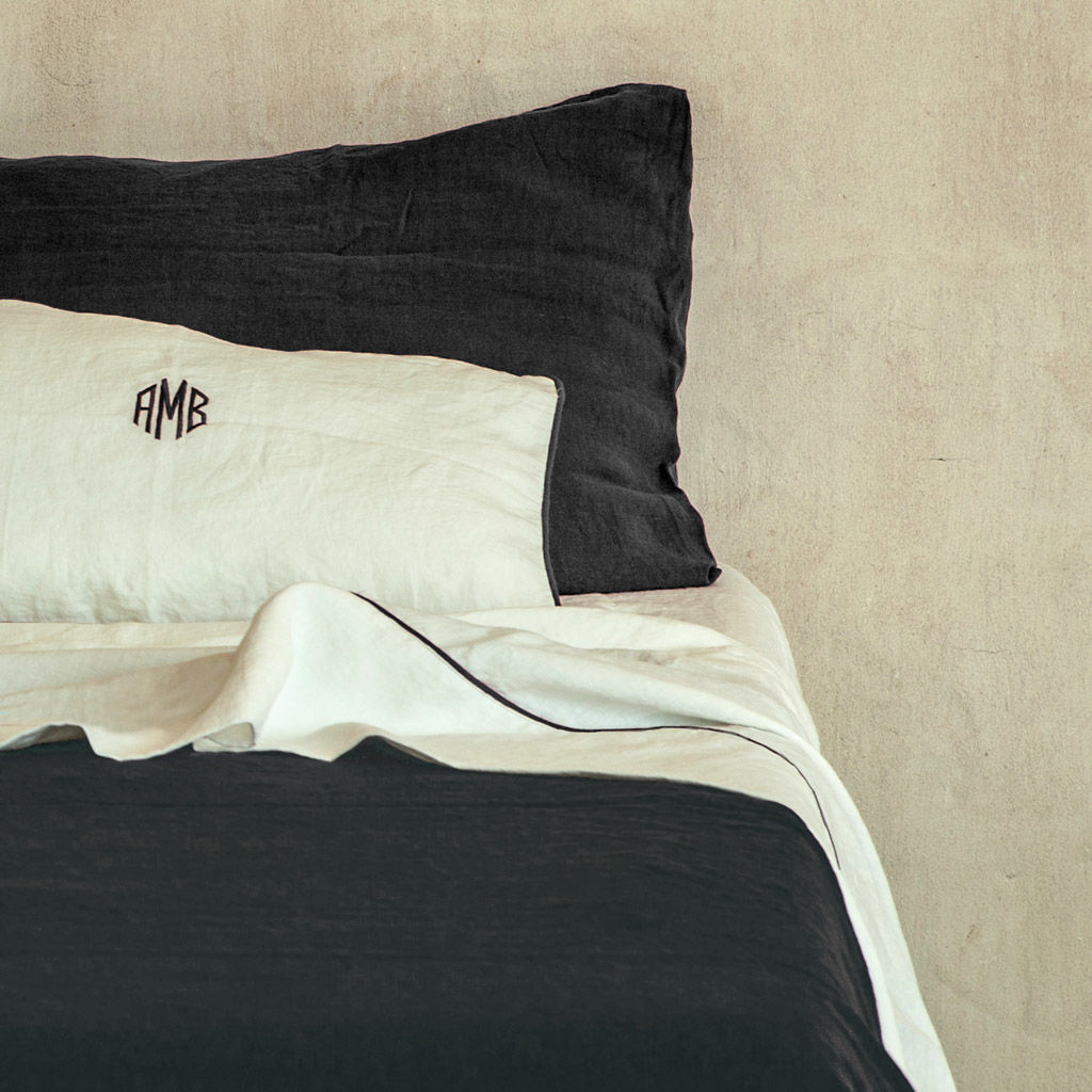 Linen Pillowcases with Piping - product images  of