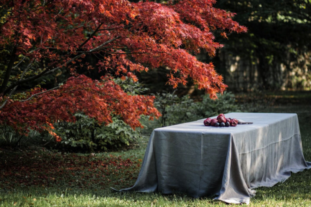 luxurious italian handmade crushed linen tablecloth