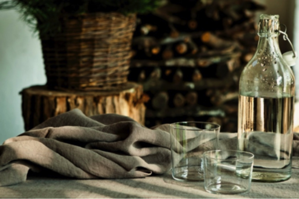 shop our luxurious linen tablecloths