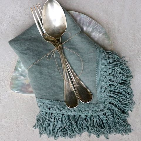 Napkin,with,long,fringes,tovagliolo frange, tovagliolo in lino, tavola, elegante, napkin Once Milano new creation to add a touch of effortless elengance to your table. Napkins with long fringes available in a variety of stylish colours.