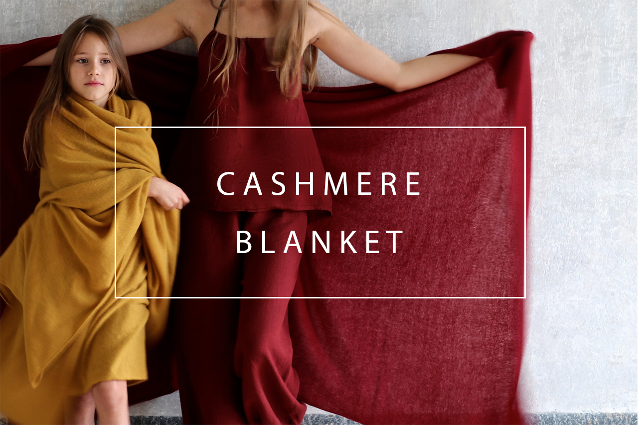 Luxury cashmere blanket with linen envelope