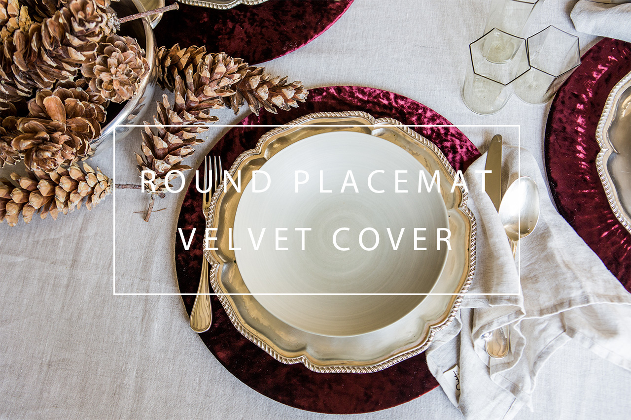 luxurious velvet round placemat